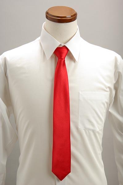 トランプ赤いネクタイ