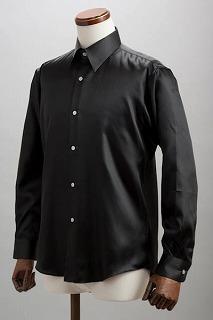 黒いシャツ-ジャニーズWESTおーさか☆愛・EYE・哀
