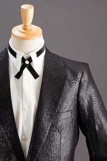 クロコダイル柄のジャケット