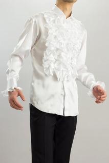 白いフリルシャツ