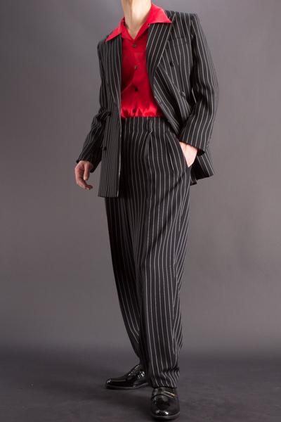 baggy suit