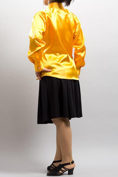 カラー衣装販売店
